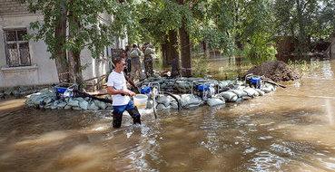 Жители Комсомольска-на-Амуре в панике скупают еду и воду