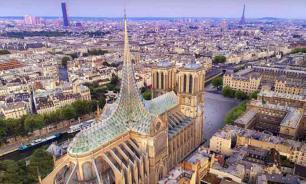 Во Франции предложили проект реставрации Нотр-Дама со стеклянной крышей и фермой