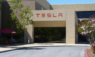 Попавшая в ДТП Tesla во время столкновения двигалась под управлением автопилота