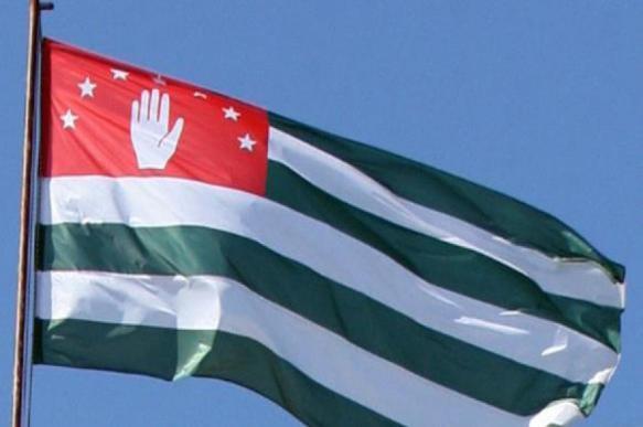Оппозиция штурмовала администрацию президента Абхазии