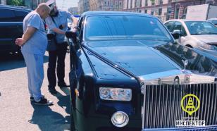 В Петербурге начальник ГИБДД заставил снять тонировку с Rolls-Royce