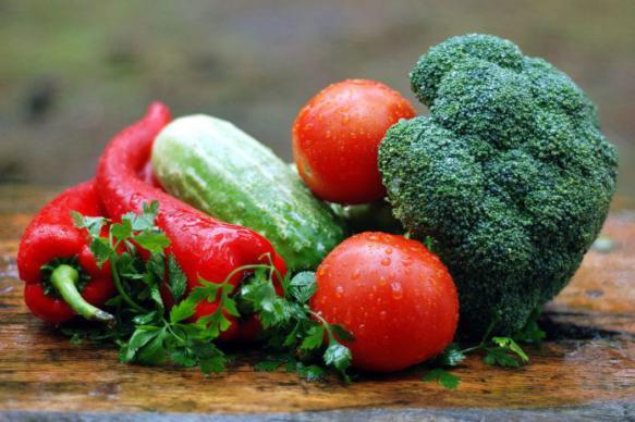 Ученые заявили о вреде сырых овощей для организма