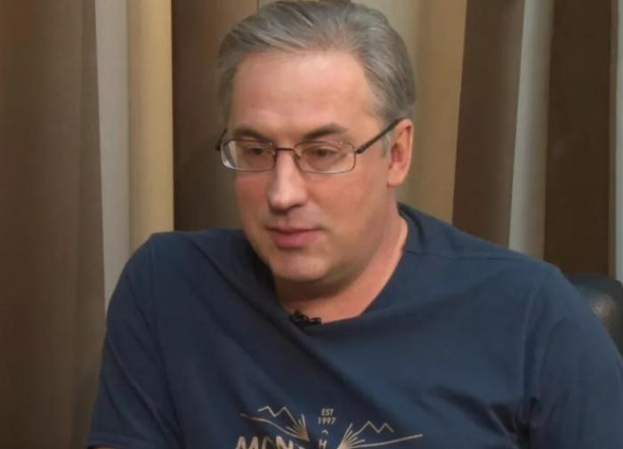 Телеведущий Норкин осудил российских знаменитостей за критику власти
