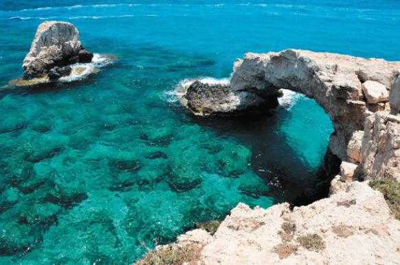Как стать гражданином Кипра через инвестиции