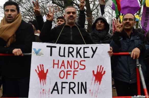 В Германии курды подрались с турками и разгромили принадлежащее им кафе