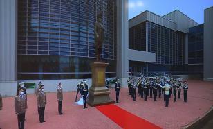 В Казахстане появился очередной пожизненный памятник Назарбаеву