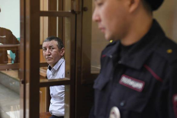 Мигранту смягчили наказание за убийство полицейского в метро Москвы