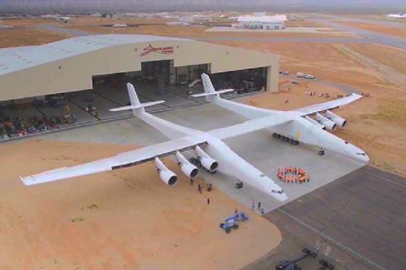 """Запущенный """"самый большой в мире самолет"""" украден у СССР?"""