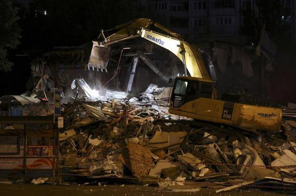 Столичный торговый центр-самострой снесли в Отрадном