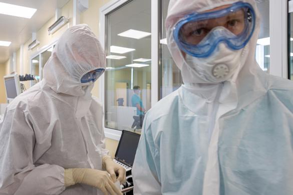 Еще 10 699 новых случаев коронавируса выявили в России