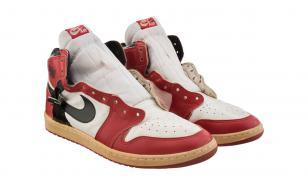 Кроссовки Майкла Джордана продали за 615 000 долларов