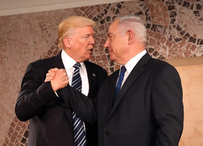 """Израиль готовится к """"прощальному нападению Трампа"""""""