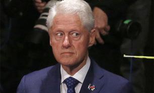 Директор ФБР провел вторую атаку против Клинтон