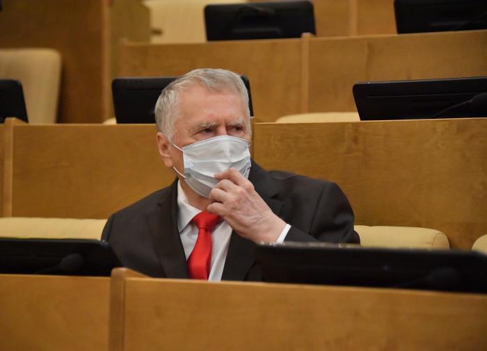 Наградить учёных, разработавших вакцину от COVID, предложили в России