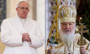 Патриарха Кирилла и Папу Франциска побудила встретиться травля христиан на Ближнем Востоке - мнение