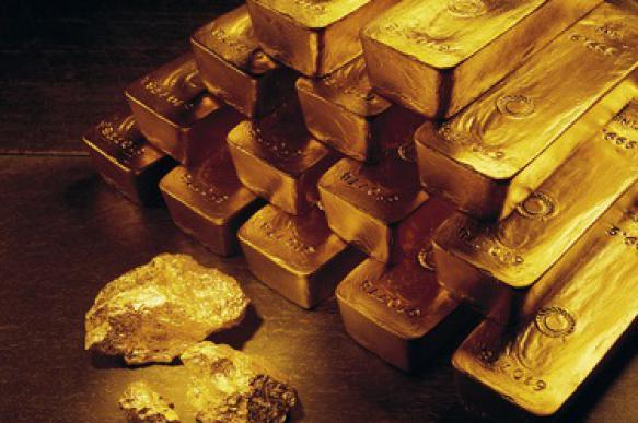 Первый пошел: Канада полностью истратила золотой запас