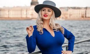 Анна Семенович оказалась в больнице после неудачного педикюра