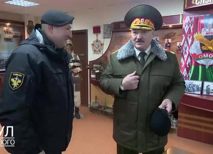 Александр Носович: Лукашенко нужны гарантии безопасности и контроль над страной