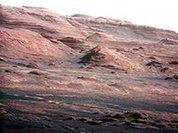 """Ученые: Марс не стоит считать """"мертвым"""" местом"""