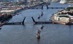 Путин примет участие в военно-морском параде