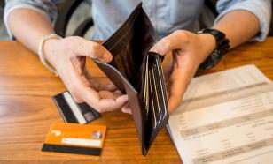 В шаге от рекорда: кредиты населения могут стать проблемой для властей