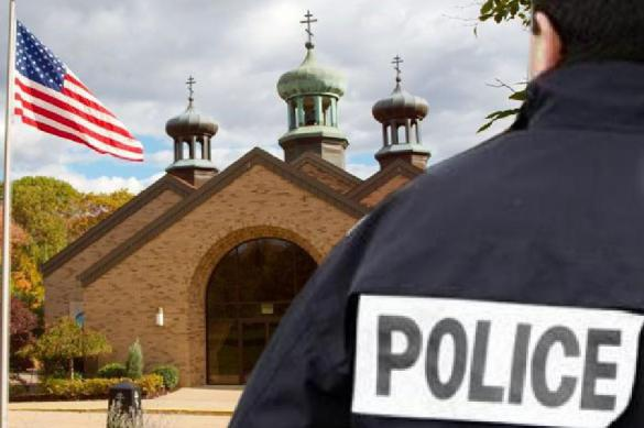 Государственные флаги приспущены в США в память о погибших полицейских