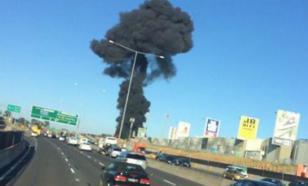 Пять человек погибли при падении самолета на ТЦ в Мельбурне. ВИДЕО
