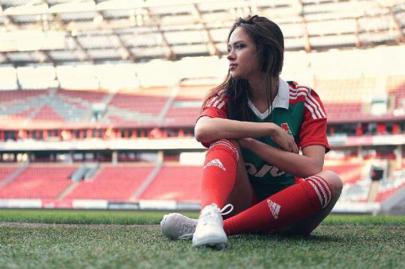 Почему большинство женщин не любит футбол?