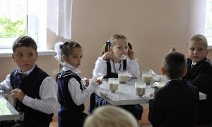Госдума рассмотрит законопроект о горячем питании в школах