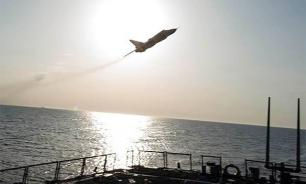 США обнародовали новое видео пролета российских Су-24 над эсминцем Donald Cook