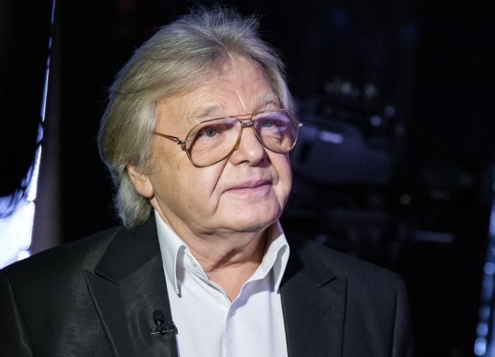 Юрий Антонов появился напублике после болезни