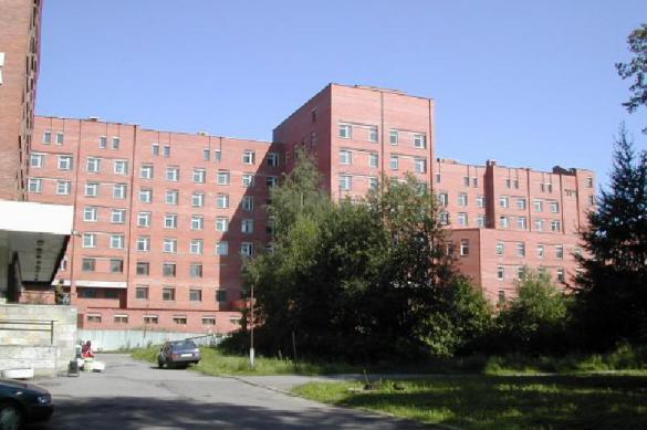 Покровская больница в Петербурге приостановила прием новых пациентов
