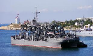 Старейшее судно ВМФ России вышло на учения в Черное море
