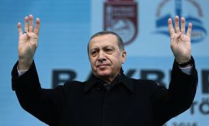 Эрдоган обвинил Россию в новых нарушениях воздушного пространства