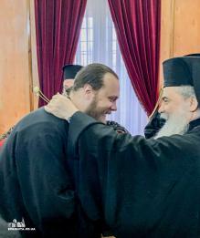 Иерусалимский патриарх принял членов УПЦ после отмены встречи с Порошенко