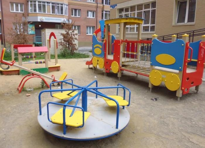 ОНФ: каждая третья детская площадка в России травмоопасна