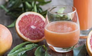 Запивать лекарства грейпфрутовым соком опасно