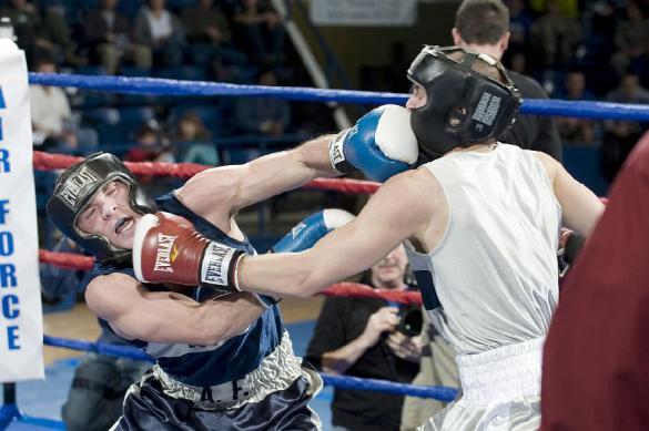 Боксер Лебедев предлагает запретить телевидение в России