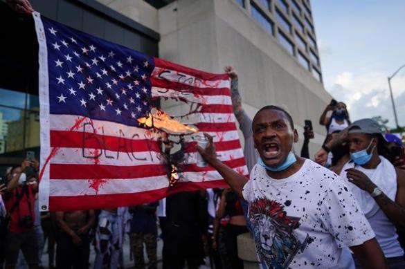Какие силы борются с беспорядками в США