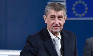 """Чешский министр назвала премьера страны """"дебилом"""""""