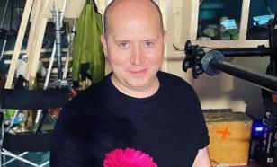 """Бурунов неожиданно запел нежным подростковым голосом """"Белые розы"""""""