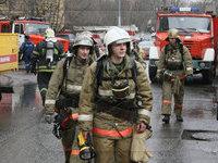 Обрушилась кровля горящего склада в Москве