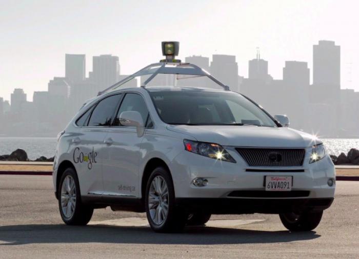 Автошколы будут обучать управлению беспилотными автомобилями