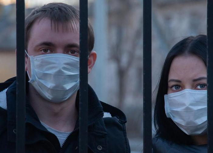 """Россияне рассказали, как встретят """"ковидный Новый год"""""""