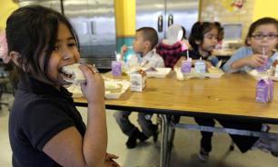 Американских школьников заставят идентифицироваться, чтобы пообедать в школе