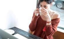 Ученые предостерегают от добавления молока в чай