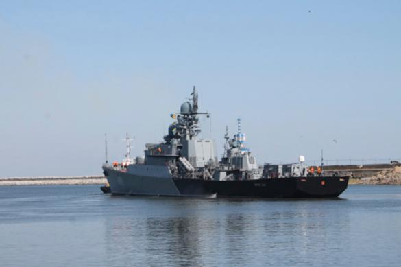 Корабли Каспийской флотилии отразили атаку авиации противника