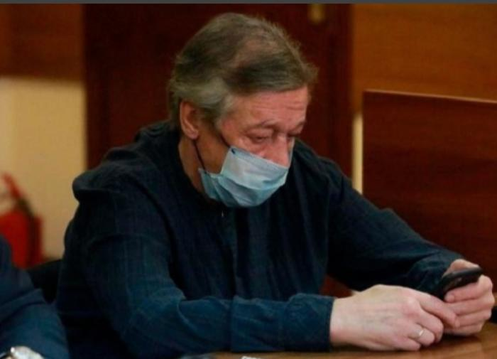 Суд перенёс заседание по делу Ефремова на неделю