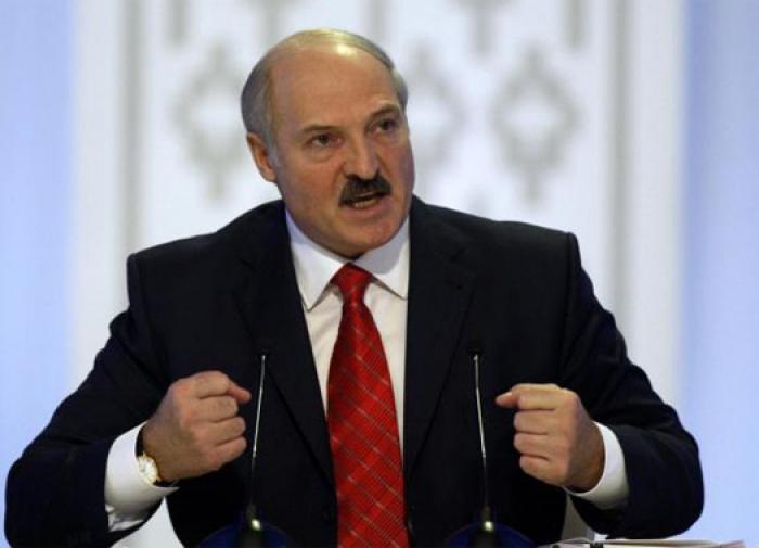 Лукашенко: мы не хотим воевать. Но на колени не встанем