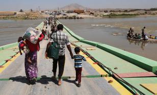 Тысячи беженцев из Афганистана толпятся на границах с Ираном и Пакистаном